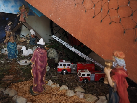 Bei den Bomberos in Quepos ist immer noch Weihnachten