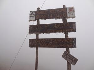 Auf dem Pico el Aguila mit Nullsicht