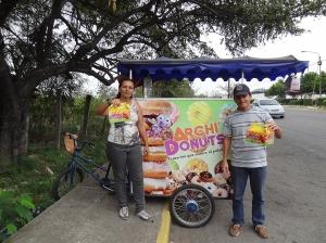 Donut-Stopp am Strassenrand auf dem Weg nach San Antonio