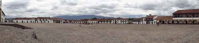 Die riesige Plaza von Villa de Leyva