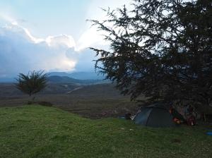Die letzten Sonnenstrahlen im Páaramo-Camp