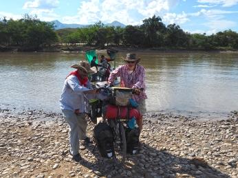 Überquerung des Rio Magdalena