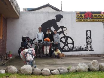 Die Casa von Leo mit dem neuen Murual von Sol, Guille und Edu