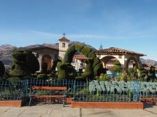 Die nette Plaza von Huacaschuque