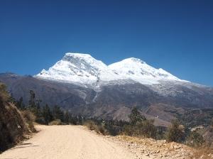 Aufstieg mit Blick zum Huascaran Norte und Sur
