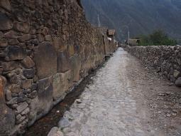 Die Inka-Wasserkanäle sind noch intakt und funktionieren