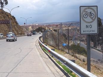 Die Autopista nach La Paz. Who cares?