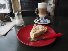 Danach Kaffee und Kuchen