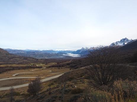 Aussicht auf den Cerro Castillo, das Tal des Rio Ibañez und die Cuesta del Diablo