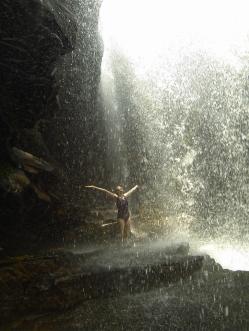 Und darunter. Was für eine coole Dusche!