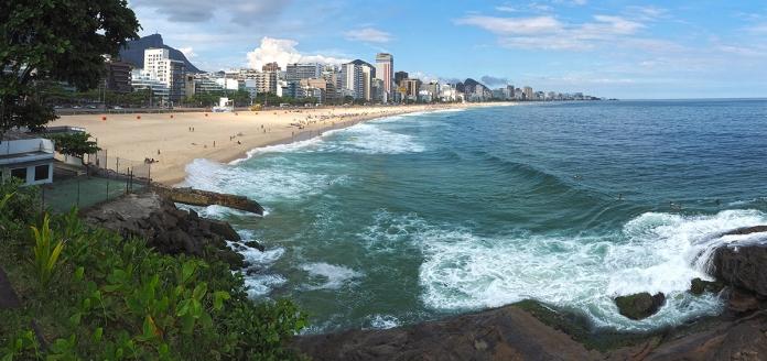 Blick auf den Strand von Leblon