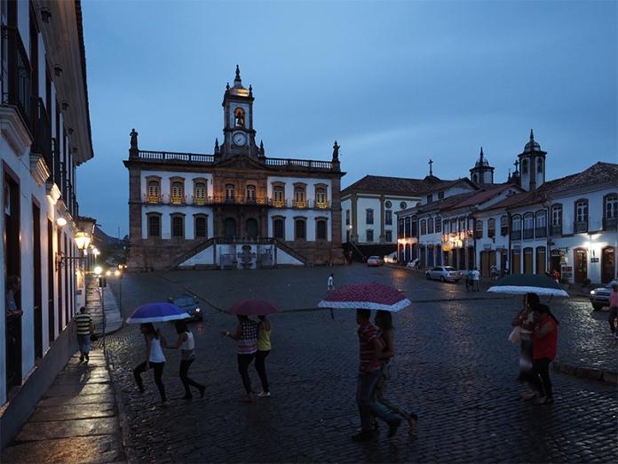 Die Praça Tiradentes bei Regen