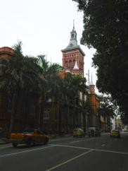 Das impressionante Bombeiro Hauptquartier