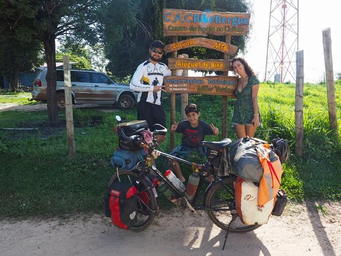 Fish mit Rodrigo, Joao und Debora in Milho Verde