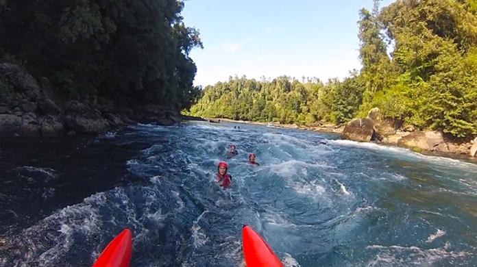 Raften, mal im Boot, mal direkt im Fluss