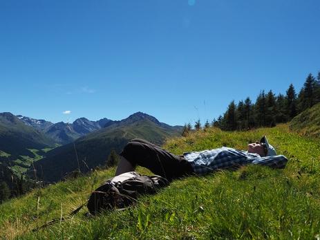 Siesta mit Alpenblick